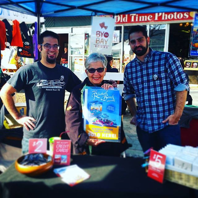 Peddling a pop-up book I created with my super talented brother Keith Allen and Grandma Joanne DeFiore in #RehobothBeach at the #SeawitchFestival#popupbook #art #beach