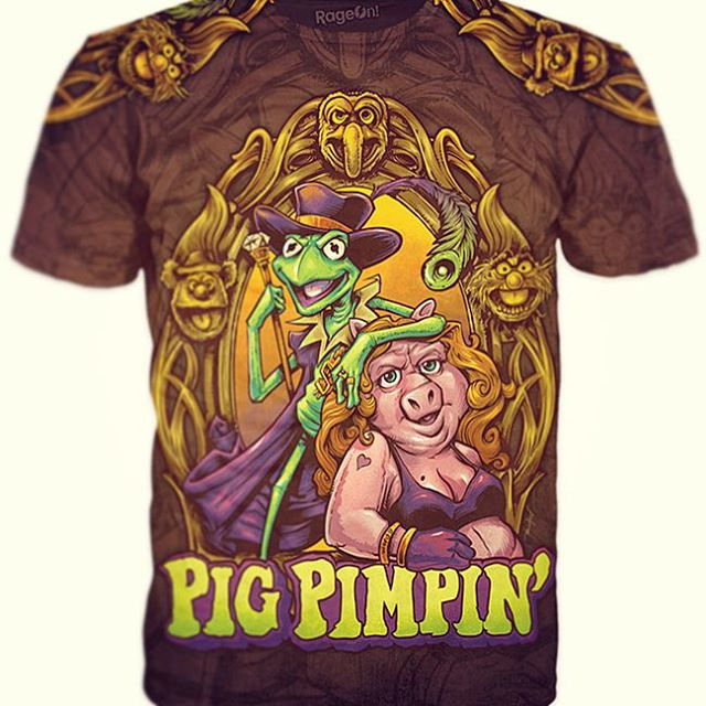 """Here was the finished """"Pig Pimpin"""" t-shirt I designed available at my RageOn store http://www.rageon.com/collections/the-art-of-brian-allen - If this doesn't make you laugh, then you are a better person than me.Illustrated by Brian Allen, FlylandDesigns.com#muppets #pimpin#mangastudio #photoshop #illustration #tshirt #art #instaart #instaartist #picoftheday #igdaily #followme"""