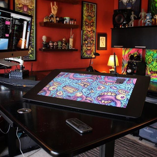 """I've had the new #wacom #Cintiq Pro 24"""" for a few weeks now, and I absolutely love it. Best #digitalart tool I've ever used. I put together a #review of it here: www.flylanddesigns.com/Wacom-cintiq-Pro-24-review"""