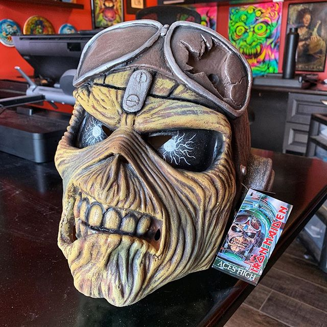 I grabbed this awesome Eddie mask at @monstermaniacon this weekend! Powerslave was my first @ironmaiden album, loaned to me by my heavy metal dealer, Josh back in High School, so it has a special place in my heart, and now on my shelf!
