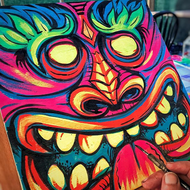 Blacklight tiki heads I painted on wood panel. Fun to work traditionally from time to time. I had a ton of blacklight paint left over from a haunted house mural I created a few years ago, and figured I'd put it to good use. I was going to sell these, but nah. They're mine to keep :)#tikiart #tikibar #beachart #tikitotem #surfart #tikiartist #beach