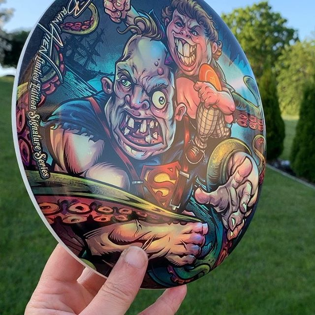 Just received my 20 Goonies parody foil discs, shipping tomorrow. Printing on lovely Discraft Buzzz discs. My next disc will be a Tiki Dude • available for PREORDER • Printing in June. Thanks YOOOOOOUUUUU GUUUUYYSSS!!DM me or comment if you want on the mailing list for the next release. #gooniesart #gooniesfanart #discgolf #frisbeegolf #discraftdiscs #teamdiscraft #detroitdisccompany #disc