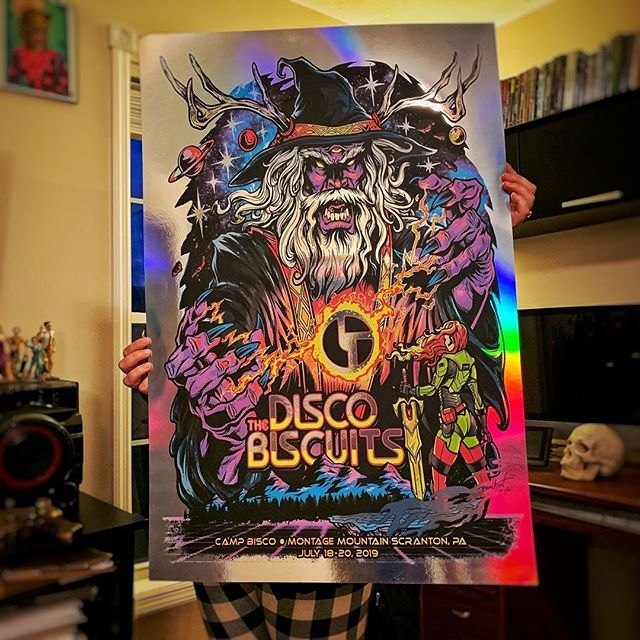 Holy heck, the Disco Biscuits Arist Proofs I just got are HUGE. 24x36. This was artwork I created for the band this summer. Silk-screened on metallic foil. Limited to 25 - link in my bio. Thanks!#pyschedlicart #campbisco #thediscobiscuits #musicfestival #bandmerch #bandtshirtart #tshirtart #silkscreenposter