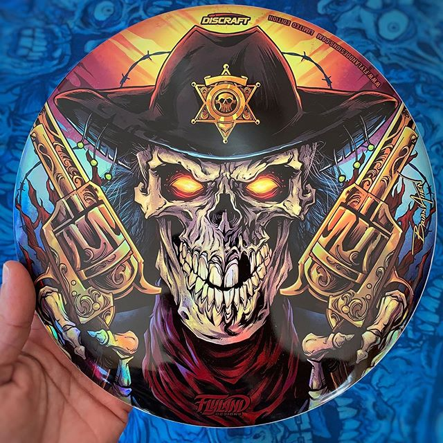 Thanks for all the support on my metallic foil Skull Gunslinger disc golf disc!I've got a handful of these left (limited edition of 40) - I'd love to clear them out before the end of the year, so I've marked them down to only $25 each until the end of the year. Thanks for looking!https://www.flylanddesigns.com/custom-illustrated-disc-golf-disc/#skull #discgolf #frisbeegolf #discraftdiscs #teamdiscraft #discraft #disc