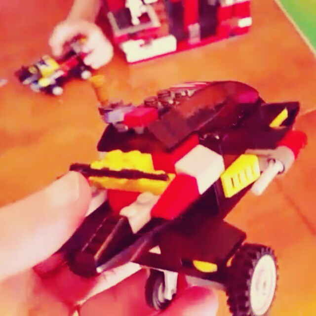 Playing freestyle Legos with Michael. Taking the day off like the Lord intended. #art # Lego #dayofrestbullshit #vivavideo