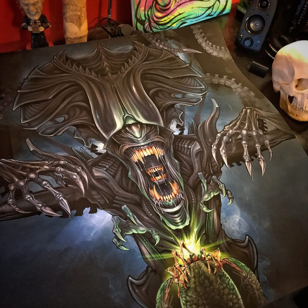 Photo of backglass pinball illustration of the Queen from the movie Aliens