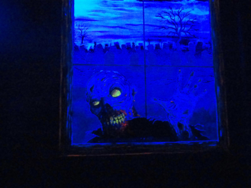 Blacklight zombie